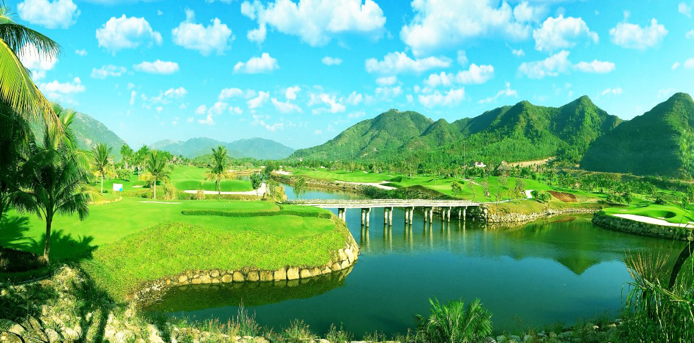 Saigon Nha Trang Golf Tour (7 Days 6 Nights 4 Golf Rounds)