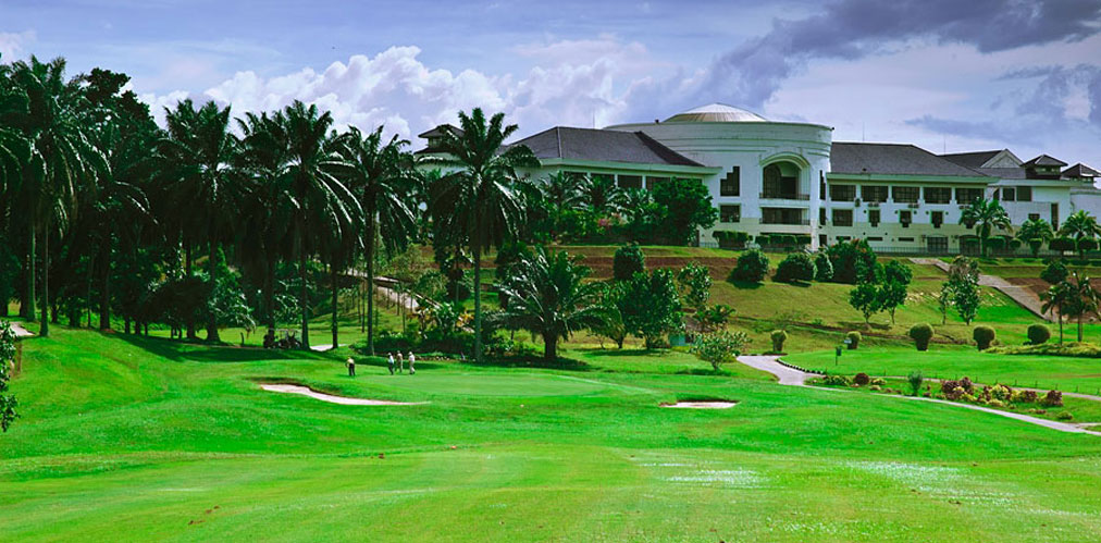 Batam Golf Tour (4 Days 3 Nights 2 Golf Rounds)