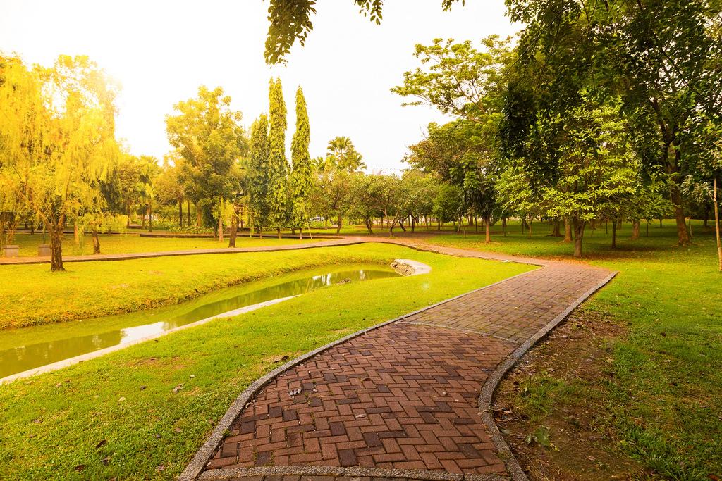 đặt San Golf Hang đầu Việt Nam Batam Golf Tour 4 Days 3 Nights 2 Golf Rounds