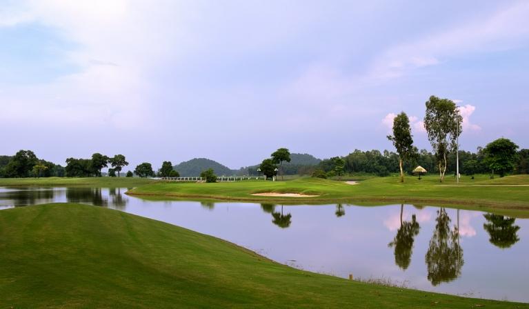 Sân gôn Kings Island Đồng Mô rộng lớn đạt tiêu chuẩn quốc tế