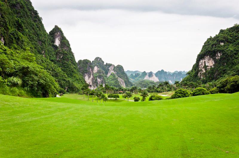 Sân golf Phượng Hoàng Lương Sơn - Điểm chơi golf đẳng cấp tại Hoà Bình