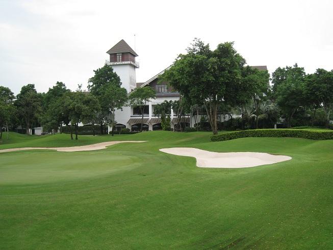 Sân golf Alpine Golf Club chất lượng