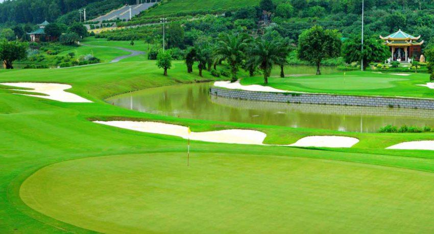 Chia sẻ bảng giá sân golf miền Bắc